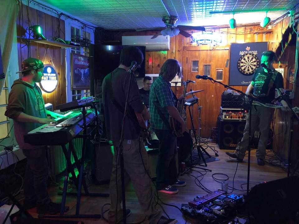 Honker at Choconut Inn 2019-09-14 photo: Diana Ellis